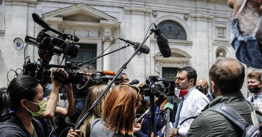 Salvini-Renzi, destini incrociati dalla Lombardia a Open arms