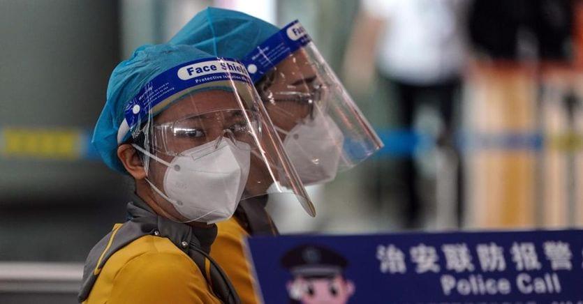 Pechino, dal nuovo focolaio alla propaganda: cosa sta succedendo veramente