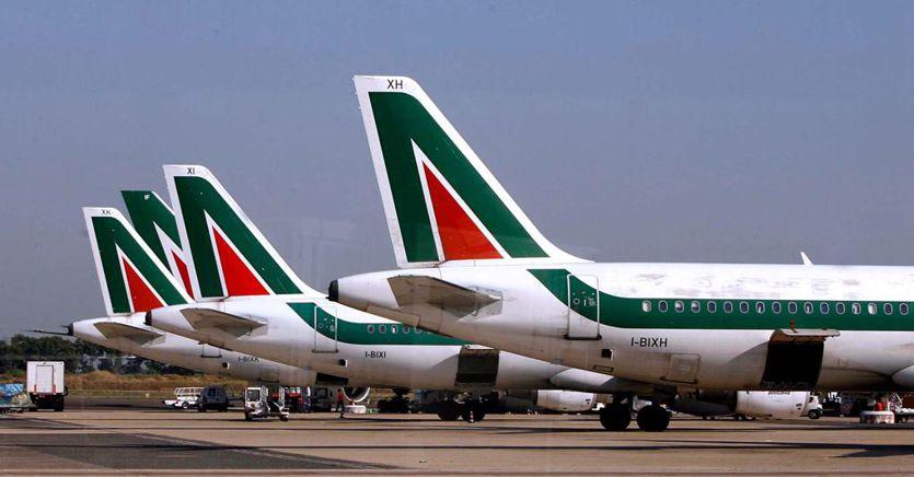Alitalia, lo scontro nel governo sulle nomine ritarda la Newco
