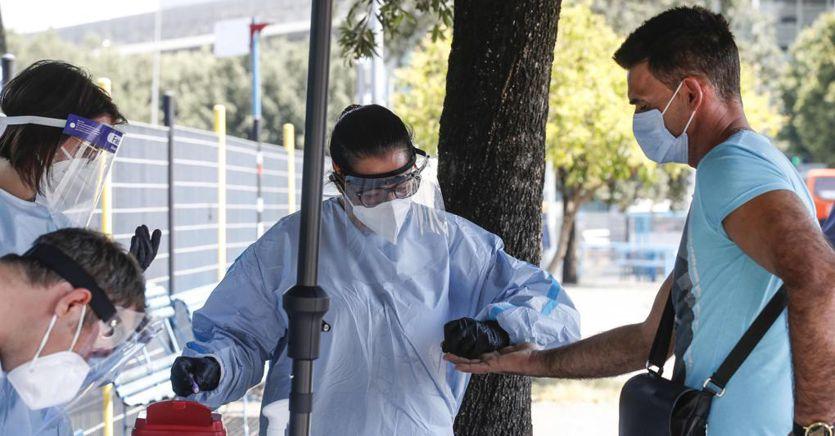 Coronavirus in Italia, oggi 386 nuovi casi e 3 morti. Focolaio Casier in Veneto thumbnail
