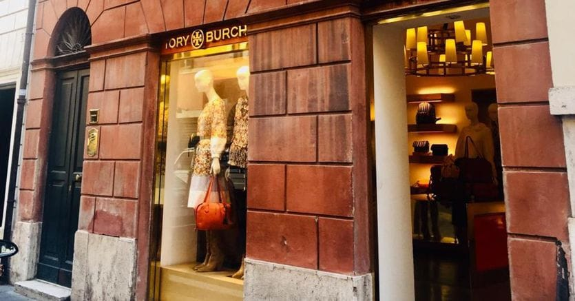 Tander Inversiones compra le vetrine di Tory Burch a Roma