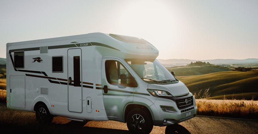 Camper: regole, destinazioni e consigli per il debutto on the road
