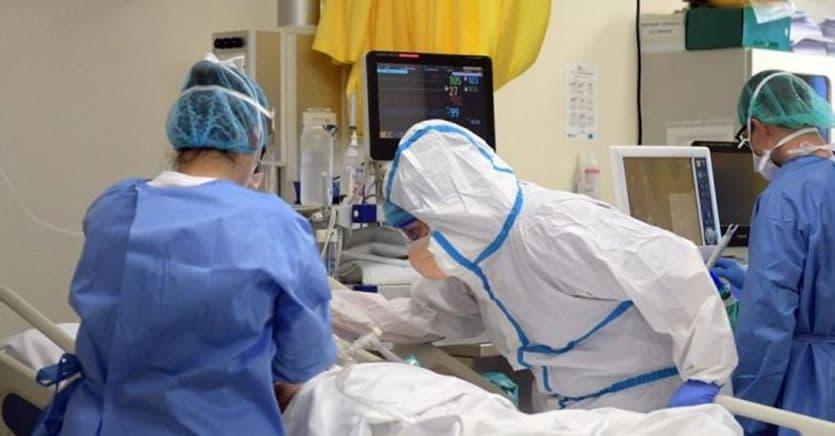 Coronavirus Italia, ultime notizie: 402 nuovi casi e 6 vittime thumbnail