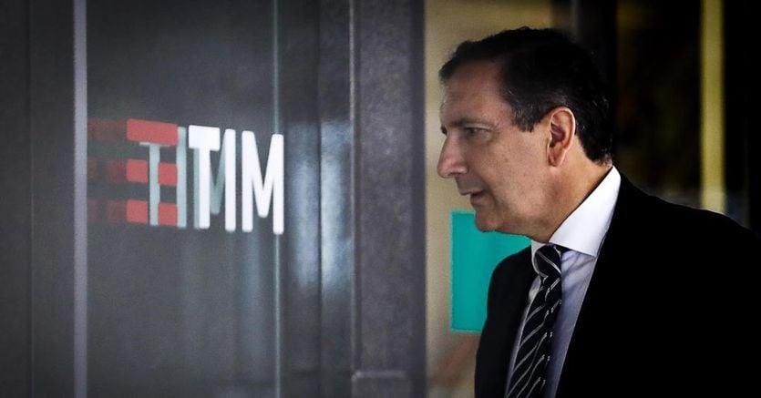 Rete unica, via libera del governo a società Tim-Cdp. Telecom verso il 50,1%, governance condivisa thumbnail