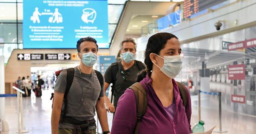 Lufthansa, Emirates, Alitalia: a che punto siamo con i rimborsi dopo il caos voli cancellati thumbnail
