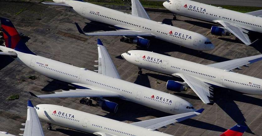 Aerei, gli americani tornano a volare sull'Italia nonostante le restrizioni thumbnail