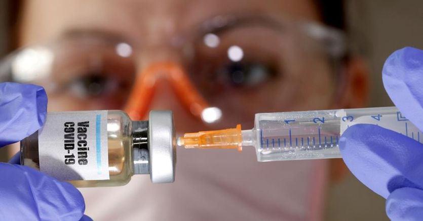 Russia, Cina, Usa, paesi Ue: a che punto è la corsa al vaccino anti-Covid nel mondo thumbnail