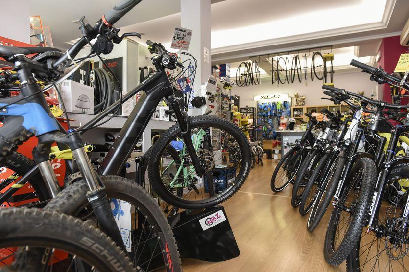 Bonus bici e monopattini, dal 4 novembre si presentano le richieste: ecco come ottenerlo thumbnail