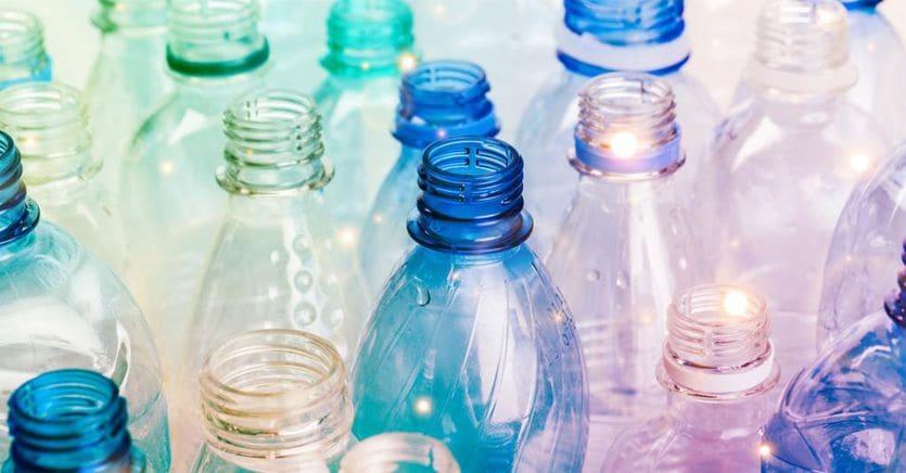 La plastic tax cambia ancora: oltre ai produttori pagheranno anche i grossisti thumbnail