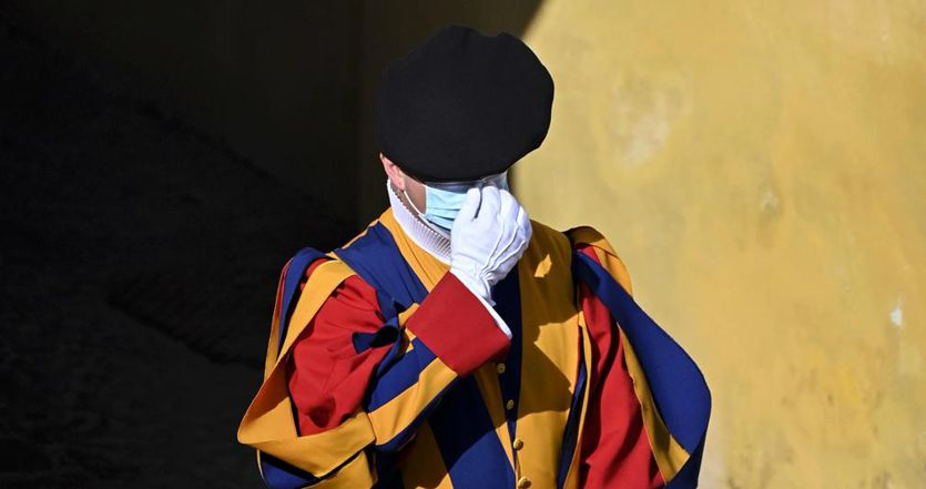 Coronavirus, ultime notizie: oggi in Italia 1.434 contagi con 95.990 tamponi, 14 le vittime thumbnail