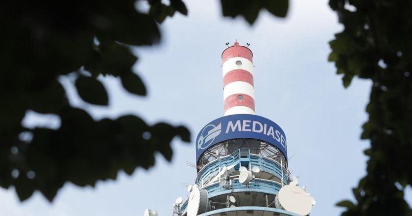 Mediaset diventa olandese: ok dell'assemblea al trasferimento della sede legale