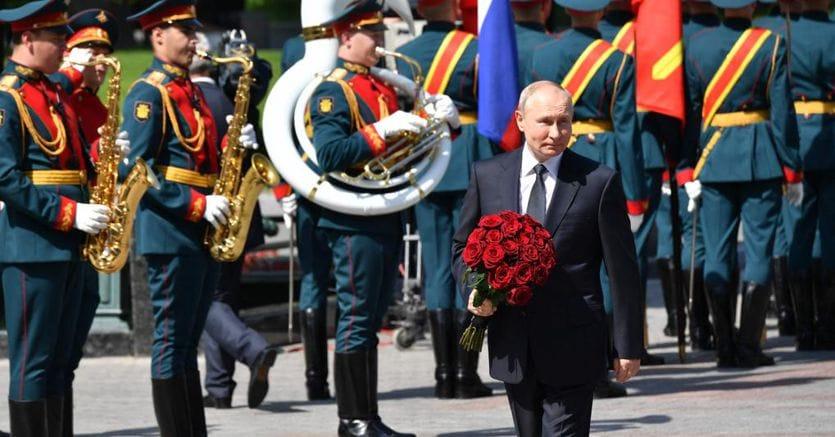 Un vertice con Putin? La proposta franco-tedesca spacca l'Europa