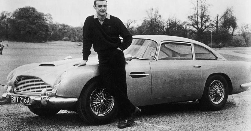 Aston Martin, la DB5 di James Bond in serie limitata di appena 25 esemplari.
