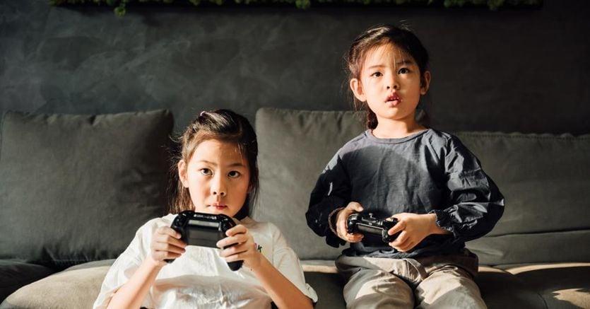 Stretta sui videogiochi in Cina. I minori non potranno giocare più di tre ore a settimana - Il Sole 24 ORE