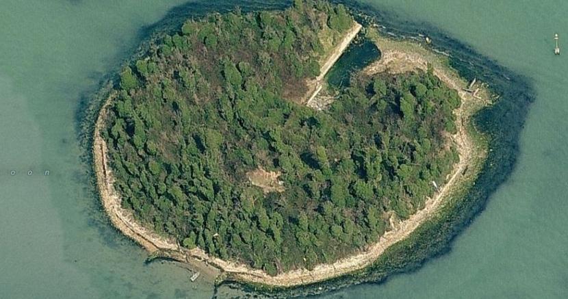 L'isola  di San Secondo nella Laguna di Venezia sarà recuperate in chiave turistico-culturale dalla società New Fari