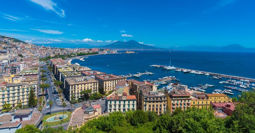 Veduta di Napoli (Adobe stock)
