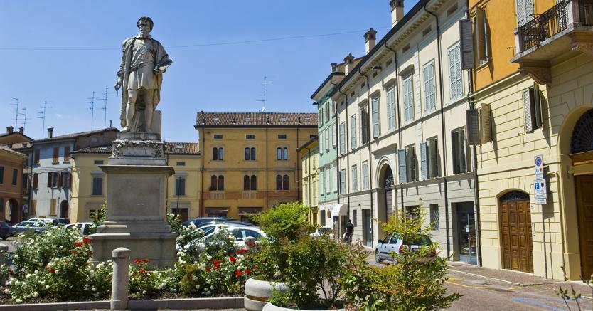 Uno scorcio del centro di Reggio Emilia dove le case costano da 1.500 euro a 3mila euro al metro quadrato (Adobe Stock)