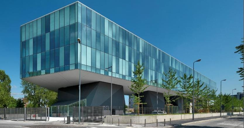 Il Parallelo, l'edificio a uso uffici in via Santander 9 a Milano acquistato da Amundi Re per il Fondo Nexus 1