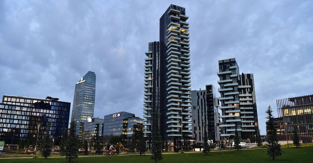 Torre Solaria a Milano Porta Nuova:è l'edificio residenziale più alto d'Italia