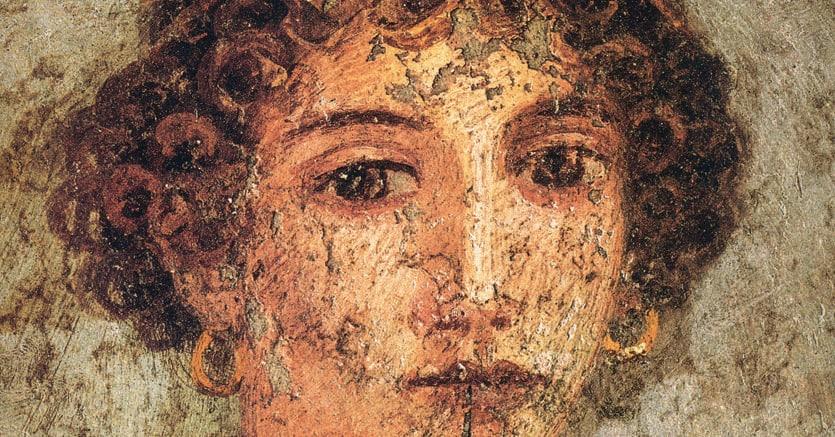 Enigmatica. «Donna con tavolette cerate e stilo» (detta «Saffo»), affresco su gesso rinvenuto a Pompei. L'opera si trova nel Museo Archeologico Nazionale di Napoli