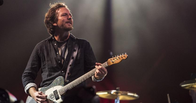 Eddie Vedder, front leader dei Pearl Jam che tornano in Italia con tre date (Afp)