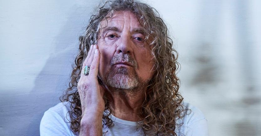 Robert Plant, eterno front leader dei Lez Zeppelin, si esibisce al Milano Summer Festival