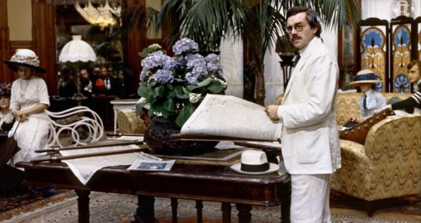 Dirk Bogarde all'Hotel Des Bain in «Morte a Venezia » di Luchino Visconti, 1971