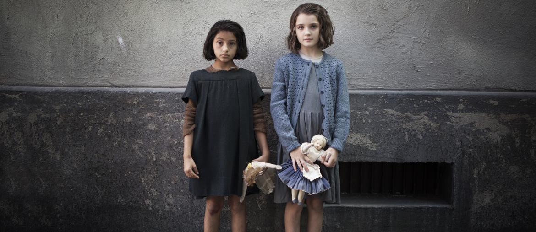 Da sinistra Ludovica Nasti (Lila bambina) ed Elisa del Genio (Elena bambina)