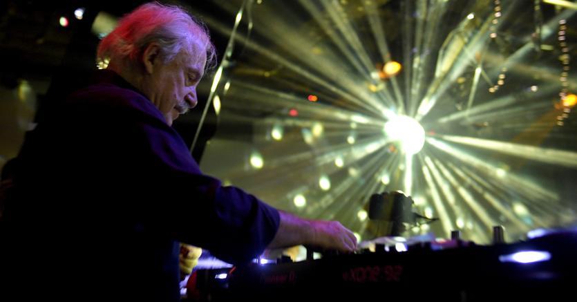 Giorgio Moroder si esibirà a Rimini con il progetto «Evolution»