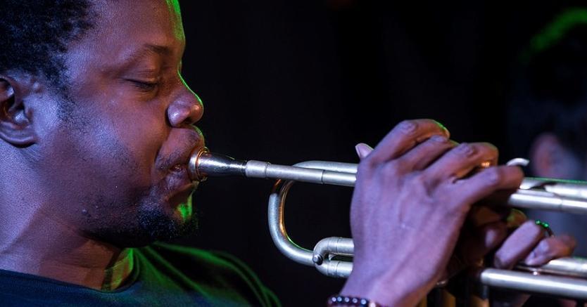 Ambrose Akinmusire, volto nuovo del jazz, protagonista al Blue Note di Milano