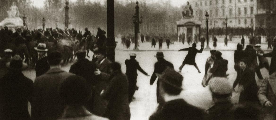 Parigi 6 febbraio 1934, gli scontri in piazza della Concordia (Afp)