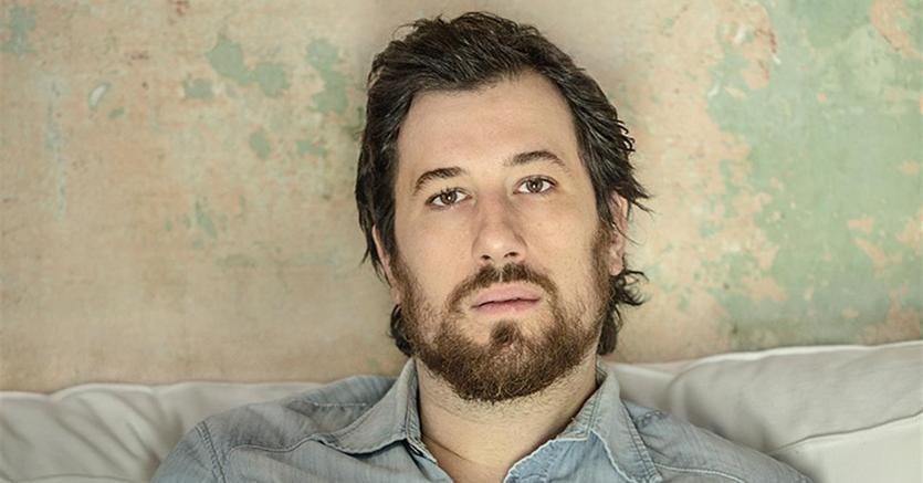 L'autore. Marco Missiroli è nato a Rimini nel 1981