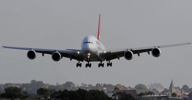 La compagnia australiana Qantas ha cancellato un ordine di acquisto di otto aerei Airbus 380