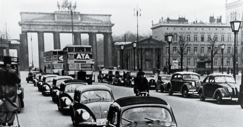 Il primo Maggiolino prodotto in serie VW 38 (1938)