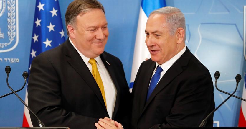 Il Segretario di Stato Usa Mike Pompeo e il Primo Ministro israeliano Benjamin Netanyahu (Reuters)