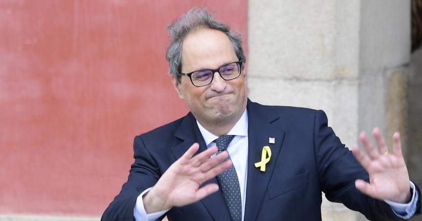 Il nuovo presidente della Catalogna Quim Torra subito dopo l'elezione