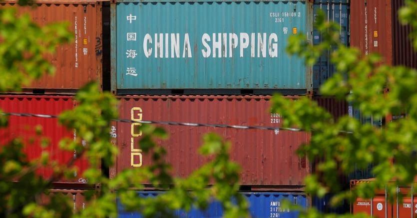 Nel 2017 l'export di prodotti italiani in Cina è cresciuto del 25 per cento. Il Paese è  uno dei partner commerciali più importanti di Pechino all'interno dell'Unione Europea (foto Reuters)