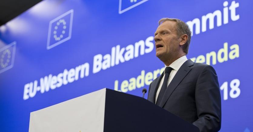 Il presidente del Consiglio europeo Donald Tusk parteciperà al vertice Ue-Balcani, giovedì a Sofia (foto AP)