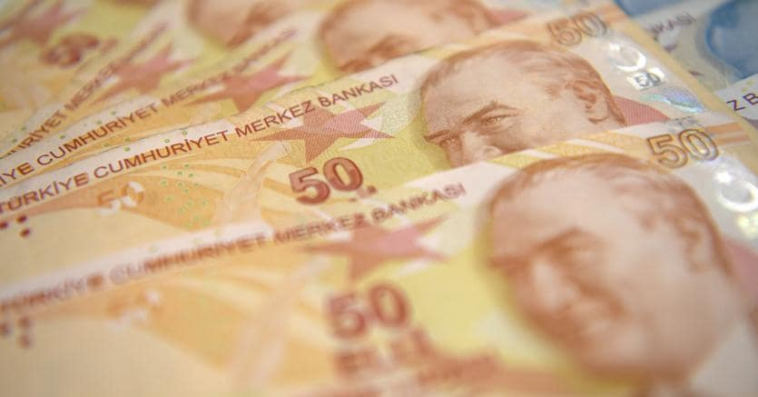 Banconote turche (Afp)