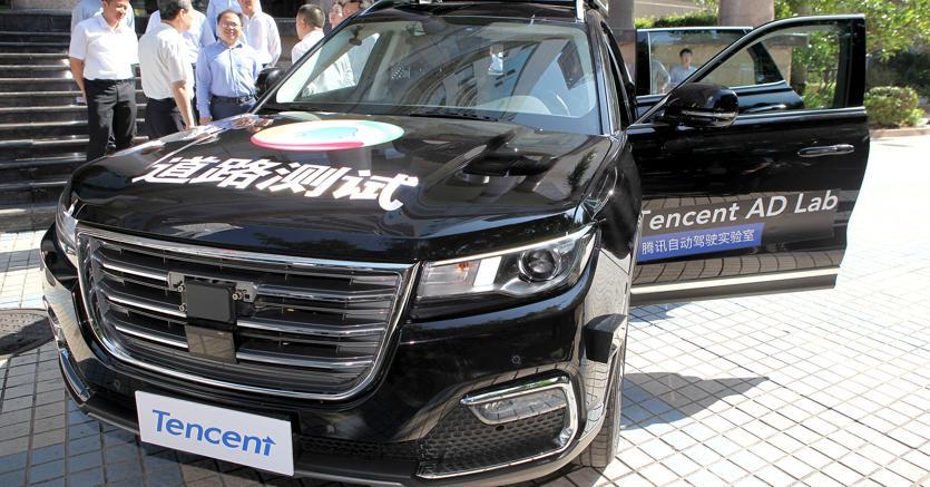 L'auto a guida autonoma di Tencent (Reuters)