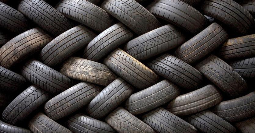 Ci sono 400 milioni di pneumatici di troppo. Il futuro? La ruota ...