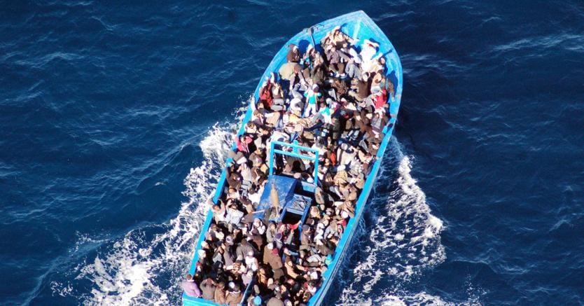 «O l'Unione europea ci aiuta o sceglieremo altre vie», ha detto il ministro dell'Intero Matteo Salvini in tema di gestione dei migranti (foto Epa)