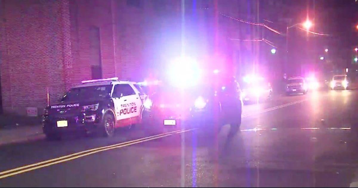 Trenton, New Jersey: le forze dell'ordine intervengono dopo la sparatoria all'Art all Night Festival
