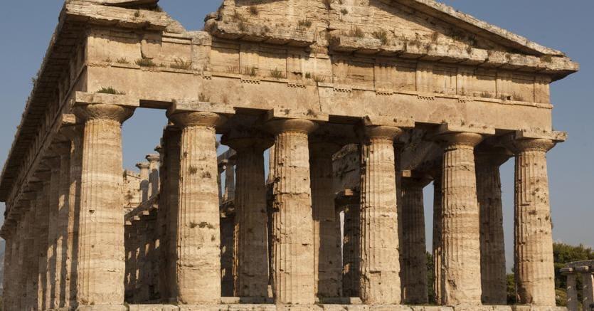 Il Consiglio diStato ha dato il via libera ai direttori stranieri nei musei italiani (nella foto il tempio di Nettuno a Paestum)
