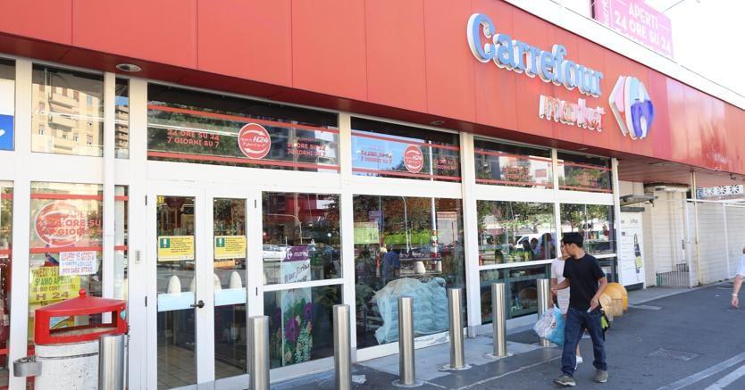 Carrefour Italia annuncia 600 esuberi nel ramo ipermercati