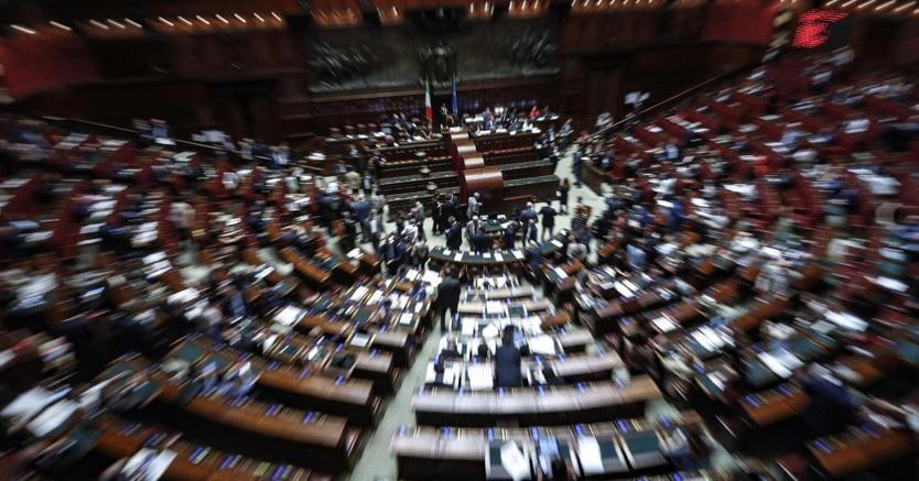 Decreto dignit alla camera votazioni a rilento il sole for Votazioni alla camera