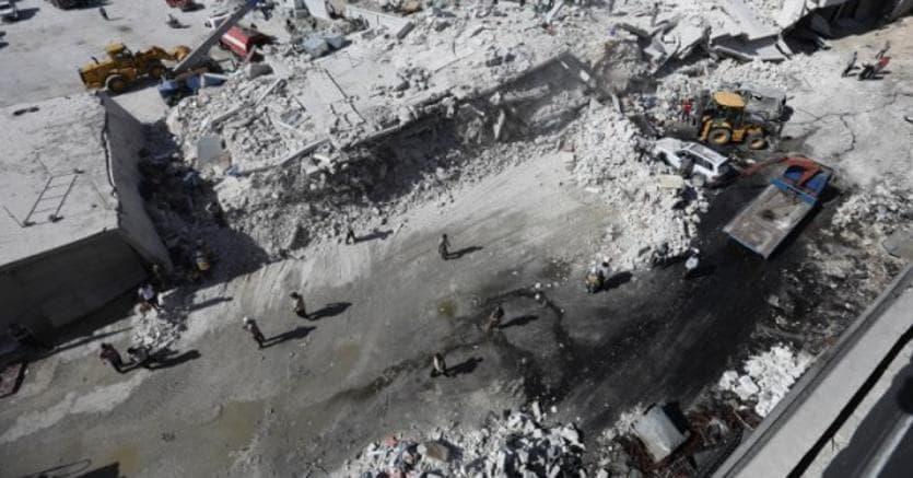 Esplosione inSiria, nella città di Sarmada a confine con la Turchia: 39 morti
