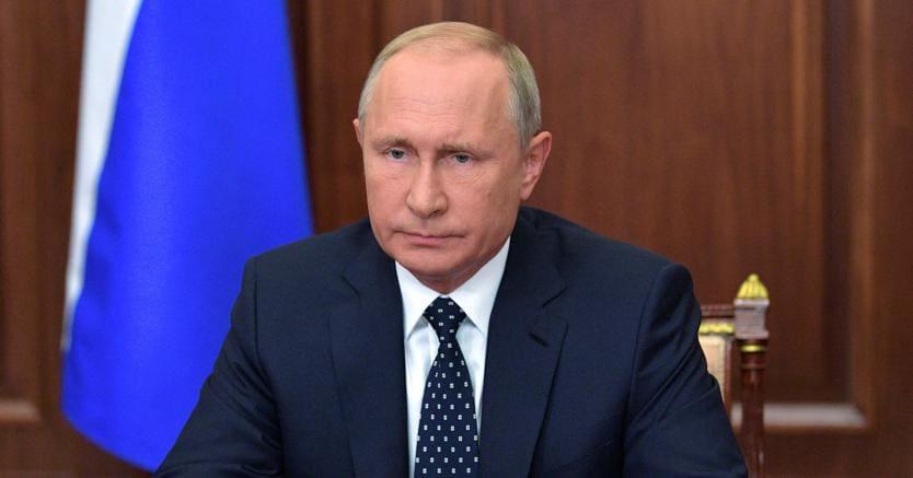 Buon viso a cattivo gioco:Vladimir Putin ha annunciato in tv la riforma delle pensioni