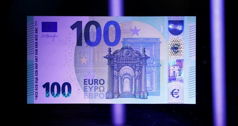 La BCE presenta le nuove banconote da 100 e 200 euro