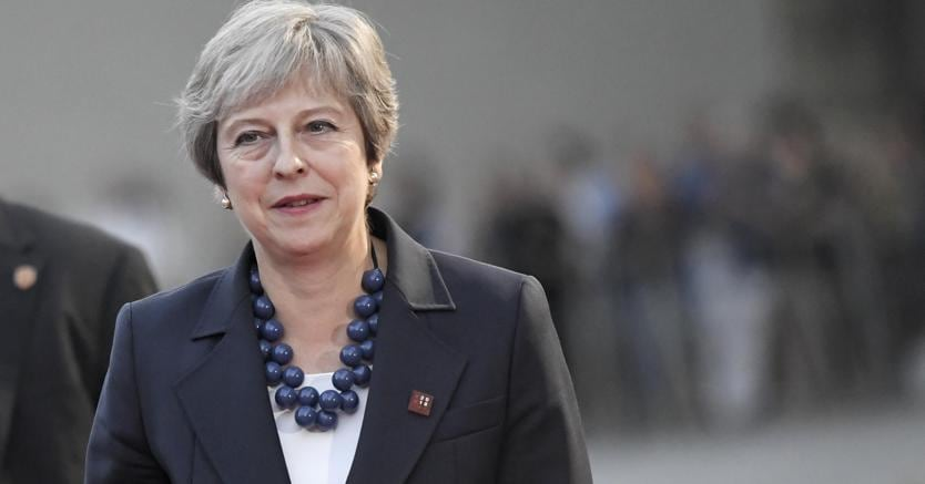 May: negoziati su Brexit in impasse, proposta Ue